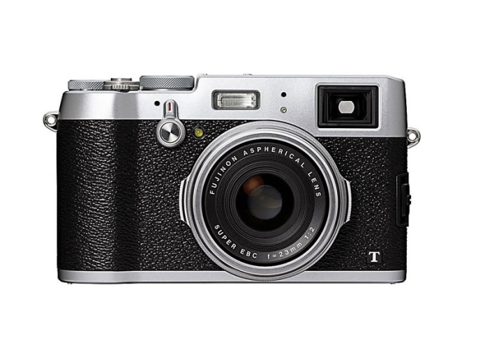 Fujifilm X200 camera coming with the same 23mm lens