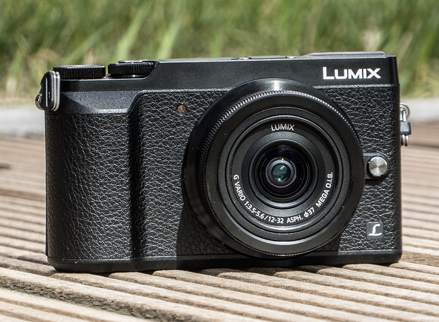 Panasonic lumix gx80 review gearopen for Housse lumix gx80