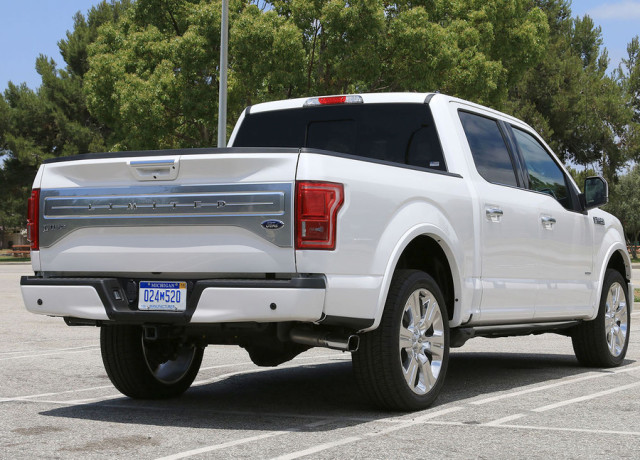 2016-ford-f-150-limited-4×4-back-angle-970×647-c