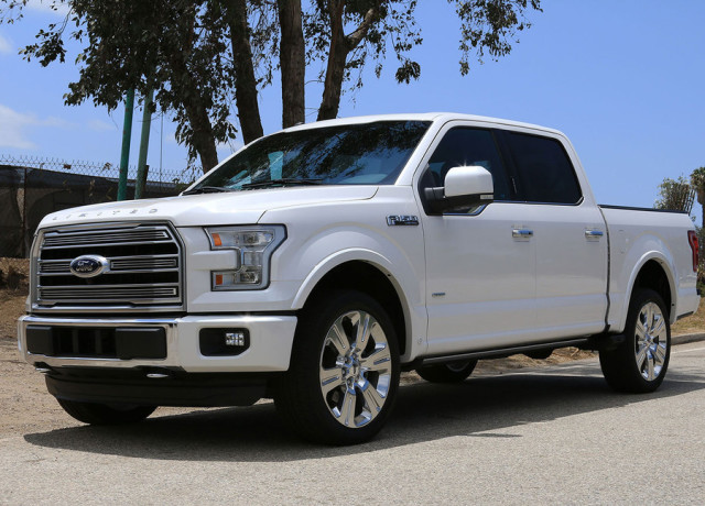 2016-ford-f-150-limited-4×4-side-angle-2-970×647-c