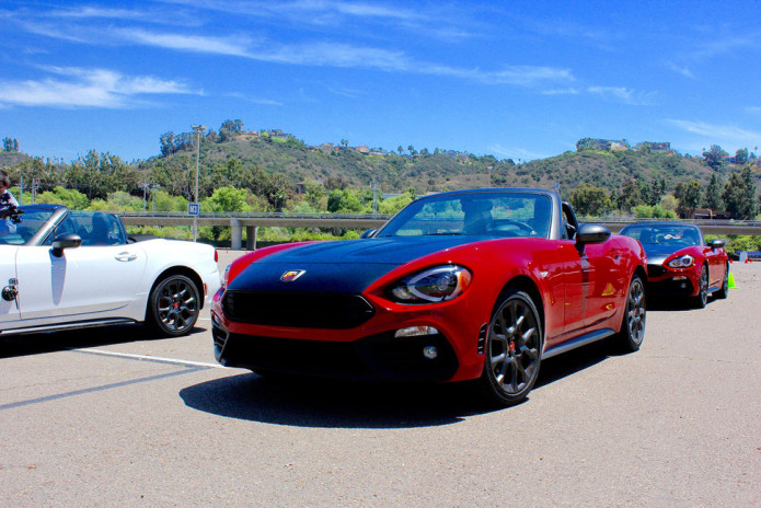 2017-fiat-124-spider-side-angle-970x647-c