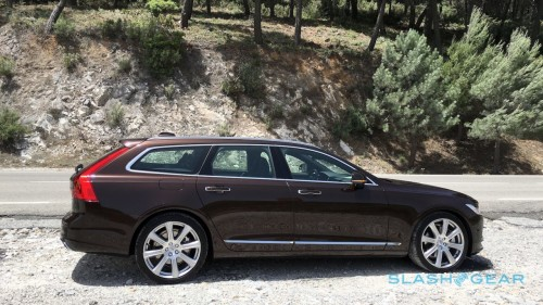 2018 Volvo V90 Preview – Roll out the welcome wagon