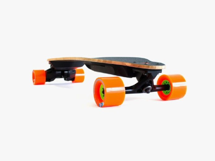 Boosted Boards' New Electric Longboards Have Swappable Batteries For Unlimited Range