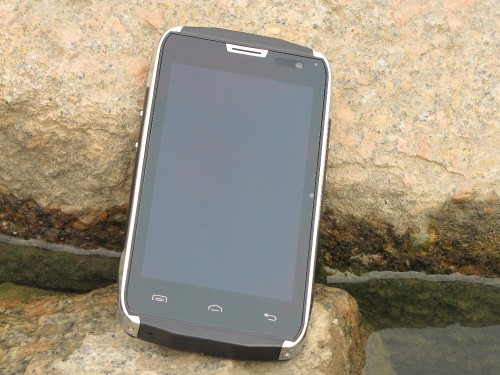 Doogee DG700 TITANS 2 Review : Tough and Beautiful