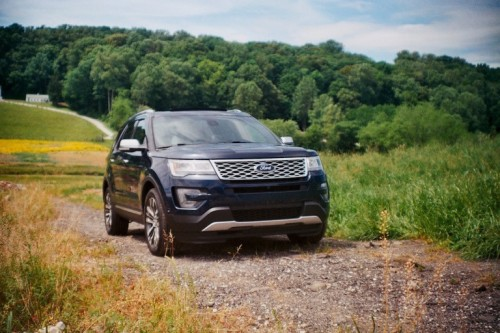 2016 Ford Explorer Platinum Review: SUV Royalty Fit for a King