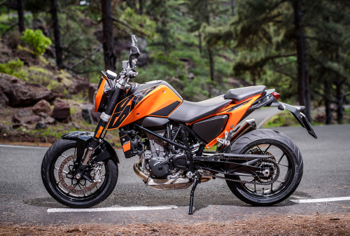 Top 10 Features Of The 2016 KTM 690 Duke