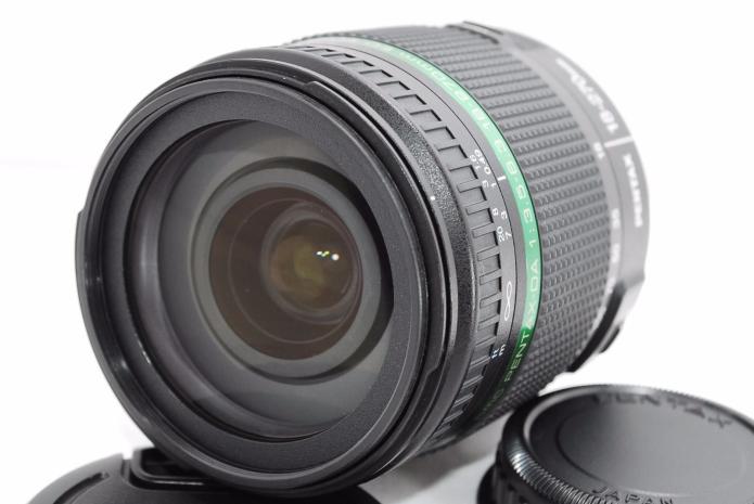 5 Best Superzoom Lenses