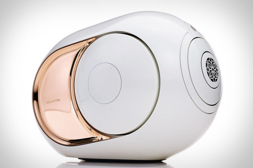 Devialet's Gold Phantom is heavy, mental