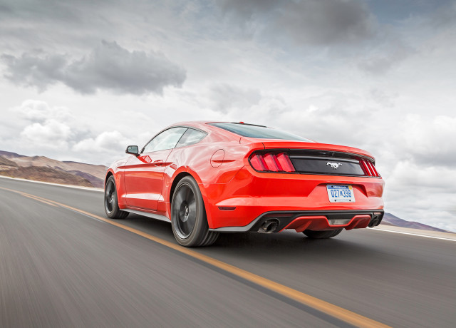 2016-Ford-Mustang-EcoBoost-rear-three-quarter-in-motion