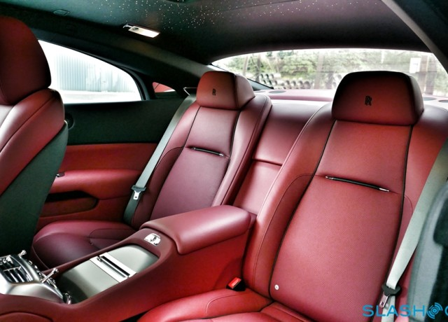 2016-Rolls-Royce-Wraith-review-photo-SlashGear00010