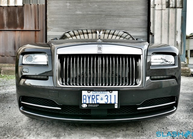 2016-Rolls-Royce-Wraith-review-photo-SlashGear00023