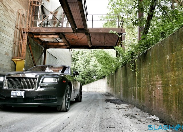 2016-Rolls-Royce-Wraith-review-photo-SlashGear00027