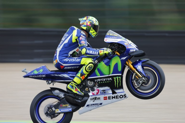 2016-rossi-and-lorenzo-to-assen-motogp-1