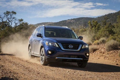2017 Nissan Pathfinder Adds Power, New Look, Safety Tech