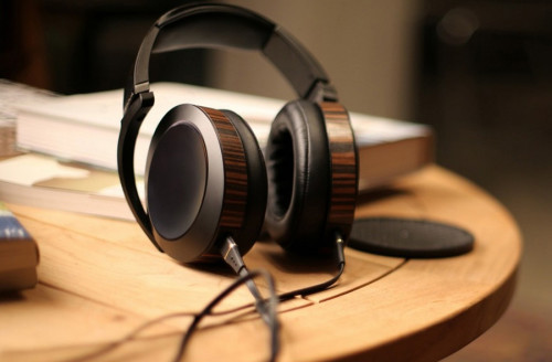 Audeze ups the ante, again, with the EL-8 headphones