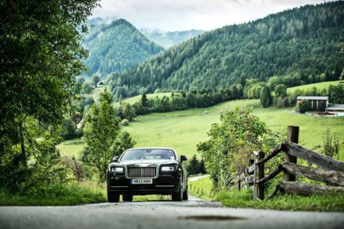 First Drive: Living the Good Life in a Rolls-Royce Wraith