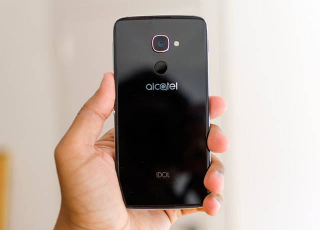 alcatel-idol-4s-review-0002-800×533-c