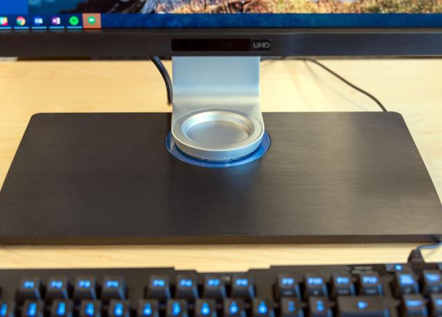 benq-pv3200pt-4k-monitor-base-800×533-c