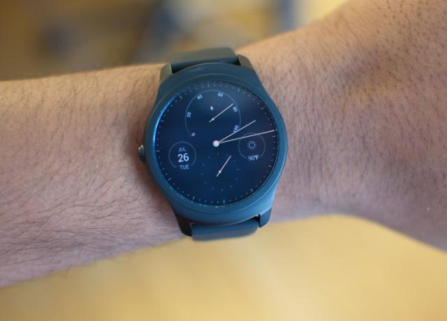 mobvoi-ticwatch-2-0003-800×533-c
