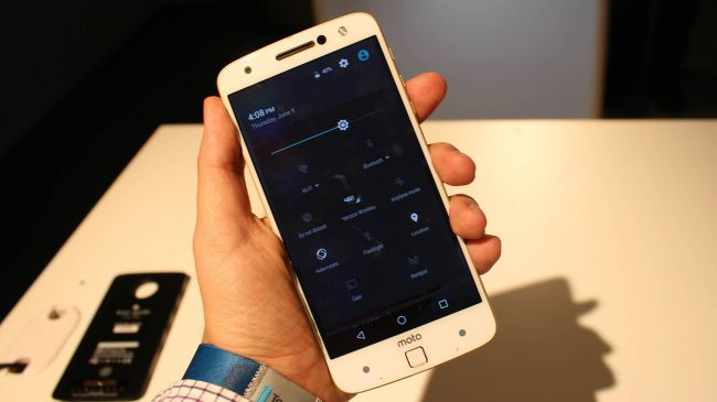 moto-z-review-android-stock-650-80