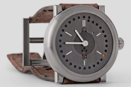Ochs Und Junior Simplifies The Perpetual Calendar Watch With Their Clever Timepiece