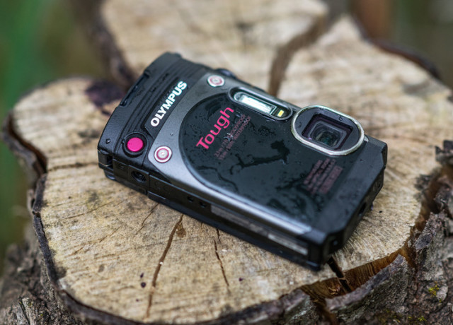 olympus-tg-870-review-front-log-800×533-c