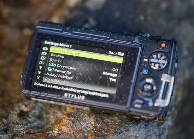 olympus-tg-870-review-lcd-screen-800×533-c
