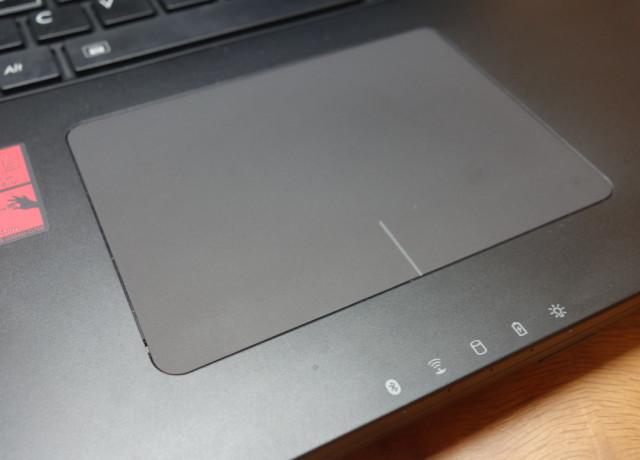 p35-trackpad