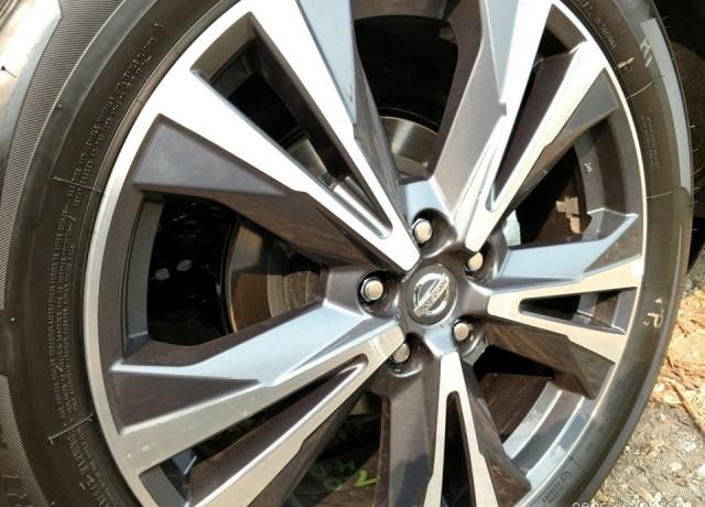 2017-Nissan-Pathfinder14-960×720