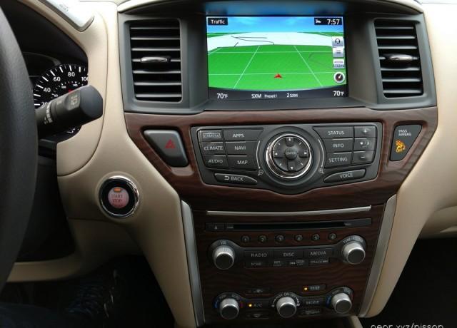 2017-Nissan-Pathfinder6-960×720