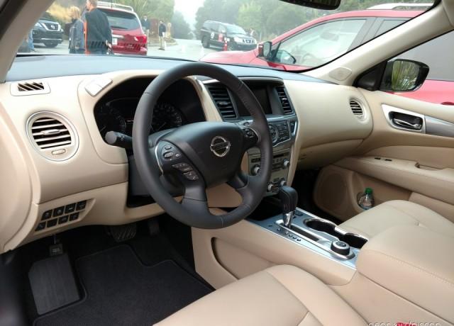 2017-Nissan-Pathfinder9-960×720