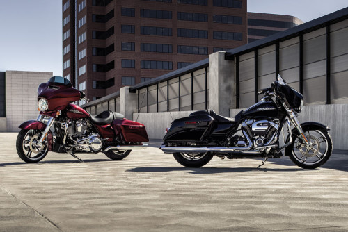 Riding The 2017 Harley-Davidson Milwaukee-Eight-Powered FL Models Review : More road, more glide