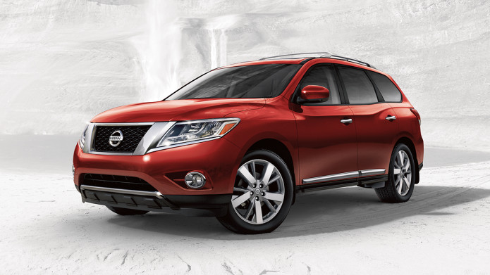 2017-nissan-pathfinder-front-side-view-red
