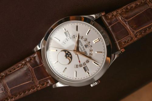 Patek Philippe Perpetual Calendar 5496P-015 Platinum Watch Hands-On