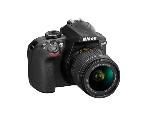 11 of the Best Nikon D3200/D3300/D3400 Accessories