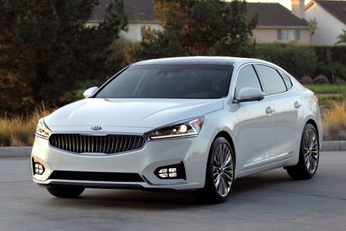 Who Should and Shouldn't Buy a Kia Cadenza
