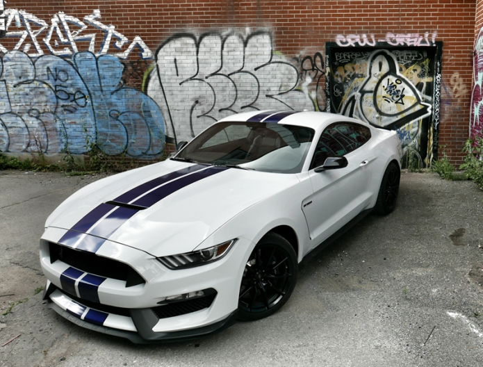 2016 Ford Mustang Shelby GT350 Review – Trading ponies for stallions