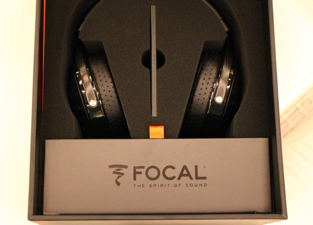 focal-utopia-hands-on-0001-970×647-c