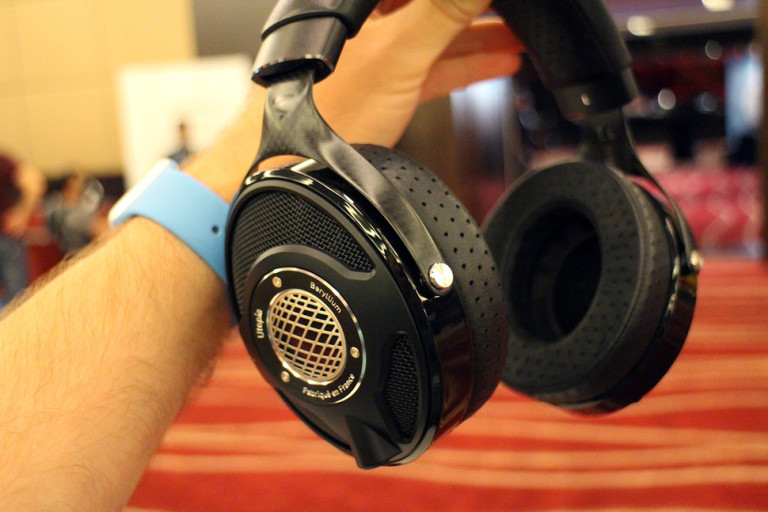 focal-utopia-hands-on-0002-970x647-c