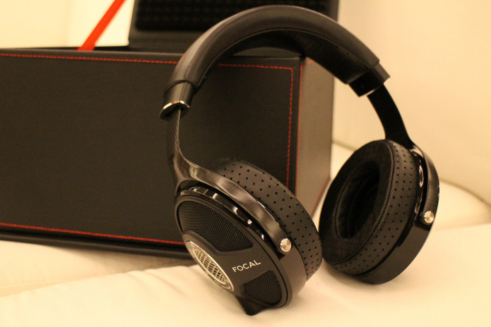 focal-utopia-hands-on-0006-970x647-c