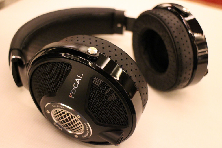 focal-utopia-hands-on-0007-970x647-c