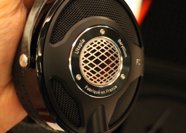 focal-utopia-hands-on-0010-970×647-c