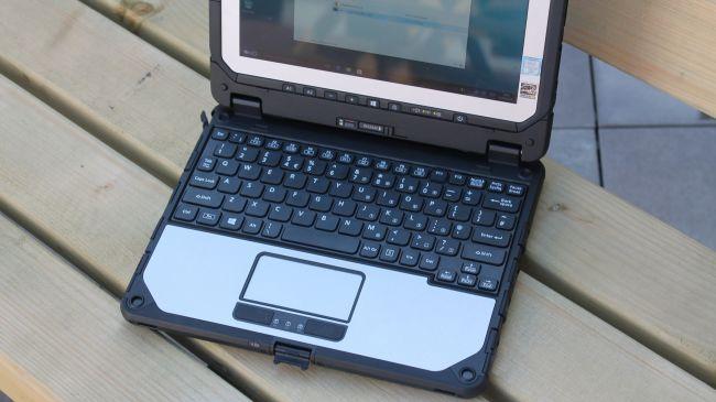 keyboard-and-trackpad-650-80