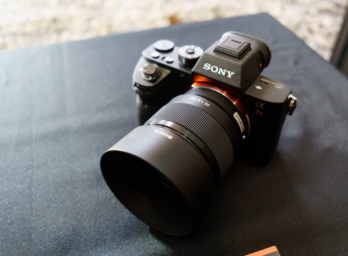 Comparison Review: Sony FE 50mm F1.4 ZA vs 55mm F1.8 ZA