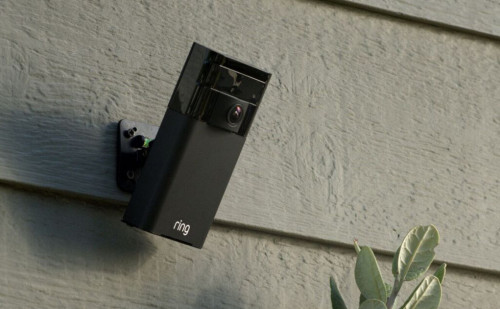 Ring Stick Up Cam Review: Solar-powered security