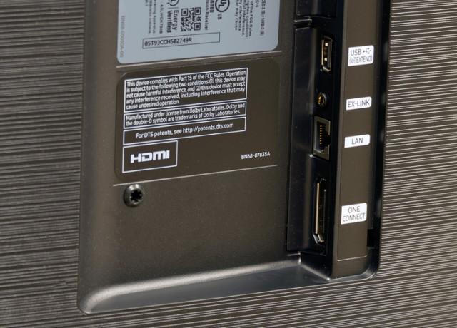 samsung-ks9800-uhd-tv-backjacks-2-800×533-c