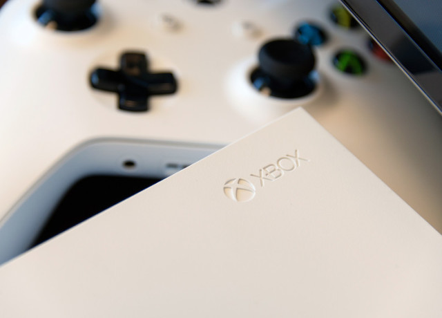 xbox-one-s-review-2-800×533-c