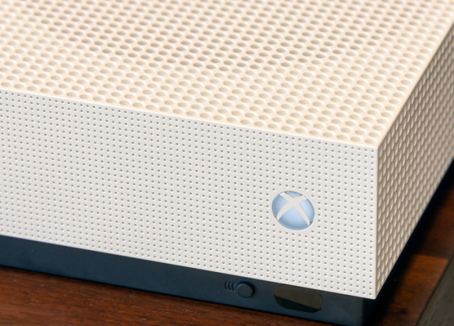 xbox-one-s-review-3-800×533-c