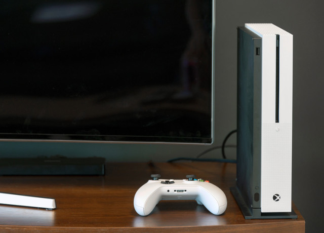 xbox-one-s-review-6-800×533-c