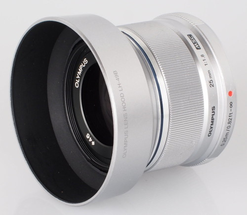 Olympus M.Zuiko 25mm f/1.8 Video Review